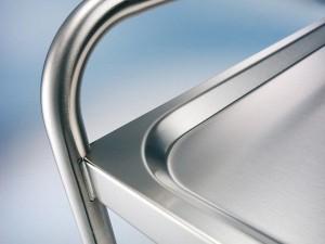 extrem stabil und handwerklich einwandfrei verarbeitet - der Edelstahl-Profilrand